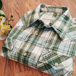 Hollister Co. Short sleeve button down